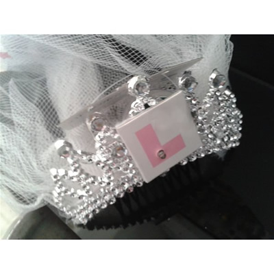 Flashing Bride to Be L Plate Comb with Veil